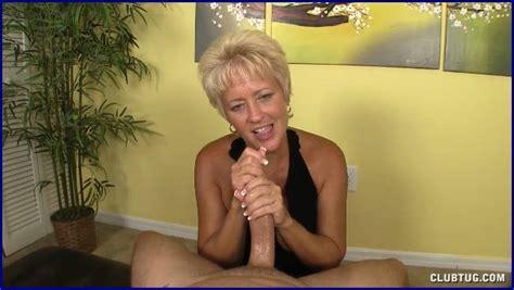 Amateur Cfnm Milf And Mature Women Giving Hand Jobs