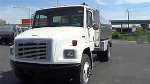 2003 Freightliner Fl70 With A 2400x1 Alum Tank Stock