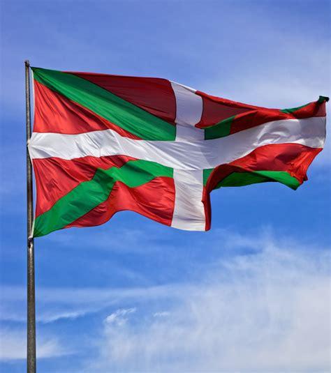 vacances au pays basque les astuces pour voyager pas cher
