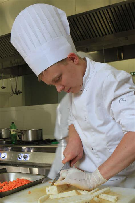 cap cuisine bac pro cuisine ecole hôtelière daniel brottier joseph château de mesnières en bray