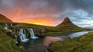 Kirkjufell, Mountain, In, Iceland, Kirkjufell, Mountain, On, The