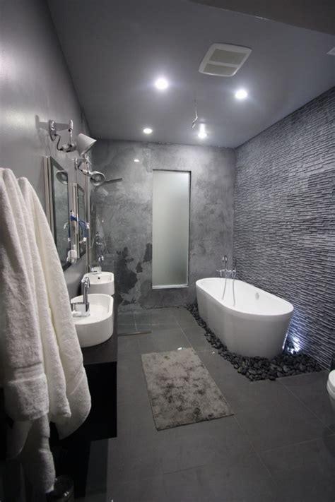 Eingelassene Badewanne Bild 16 Schöner Wohnen Bad Schwarze Fliesen