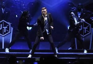 Review Justin Timberlake Brings Intensity At The Forum LA Times