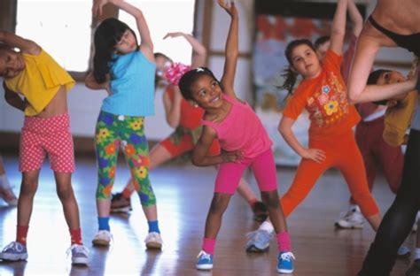 improving your child s self esteem through exercise dr 559 | kids01