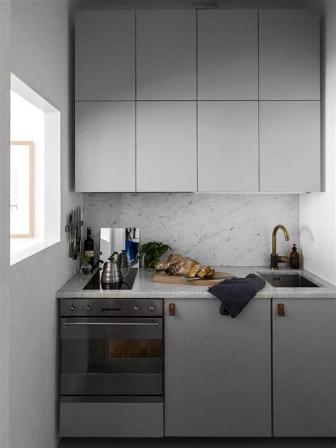 cuisine compacte design cuisine compacte et chic en gris clair cuisines