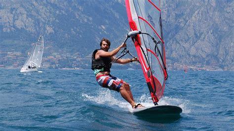 Windsurf courses on Lake Garda with Europa Surf and ...