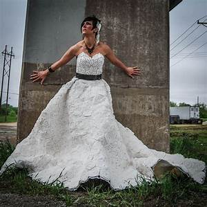 Ny Yankees Designs Make A Wedding Dress Out Of Toilet Paper And Win 10 000