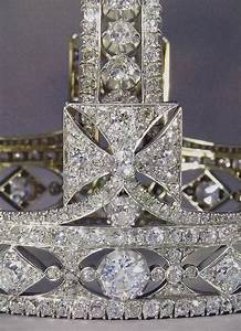 25+ best ideas about Imperial state crown on Pinterest ...