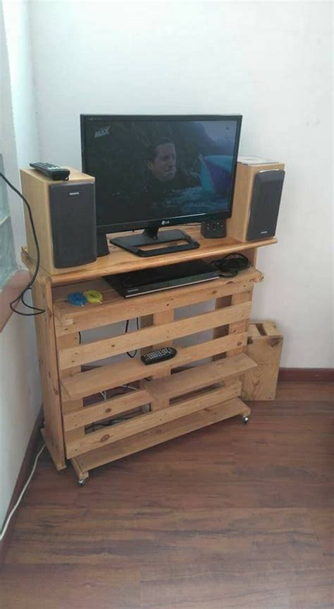 Creative Repurposing Ideas with Used Wood Pallets   Pallet