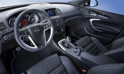 Fotografia De Opel Insignia Opc Sports Tourer 01 Autoblog