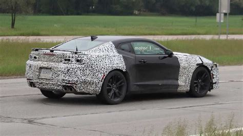2019 Chevy Camaro Lineup Spied Photo
