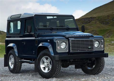 Sport Car Garage Land Rover Defender (2013