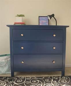 Ikea Wohnzimmer Kommode : mit diesen hacks erstrahlt deine ikea hemnes kommode in neuem ganz ikea hacks pimps blog ~ Sanjose-hotels-ca.com Haus und Dekorationen