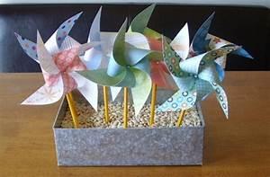 Moulin A Vent Enfant : diy moulin vent activit manuelle printemps pour petits et grands papier multicolore id e ~ Melissatoandfro.com Idées de Décoration