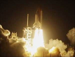 Space Shuttle Discovery Blasts Off - CBS News