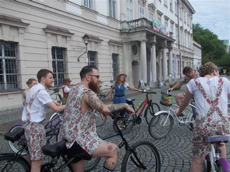 Overview relive your favorite scenes from the classic musical the sound of music on this salzburg sightseeing tour. Sound of Music tour of Salzburg by bicycle. | Sound of music tour, Cycling city, Sound of music