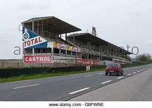 Le Passe De La Course : le reste de la partie de la course de reims gueux circuit dans le nord de la france banque d ~ Maxctalentgroup.com Avis de Voitures
