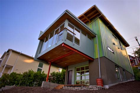 Modern Affordable Eco-friendly Home By Case Architects
