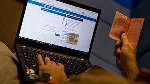Demande De Carte Grise Par Internet : cartes grises et permis de conduire sur internet le jour 1 le courrier picard ~ Medecine-chirurgie-esthetiques.com Avis de Voitures