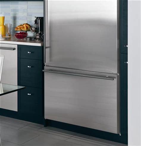 zicsnxlh ge monogram  built  bottom freezer refrigerator monogram appliances