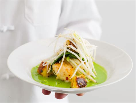 les chefs de cuisine francais des assiettes de chef dressage les astuces d un grand chef femme actuelle