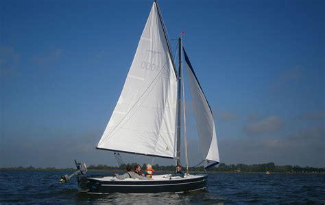 Valk Zeilboot by Hoora Valk Open Zeilboot Heeg Botentehuur Nl