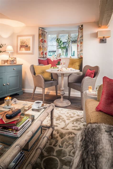 cottage living country cottages tour this quintessential home