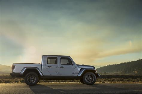 jeep gladiator  officially