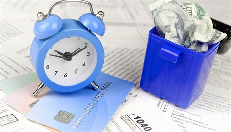 Pay irs payment with credit card. Should I Pay My Taxes to the IRS With a Credit Card?