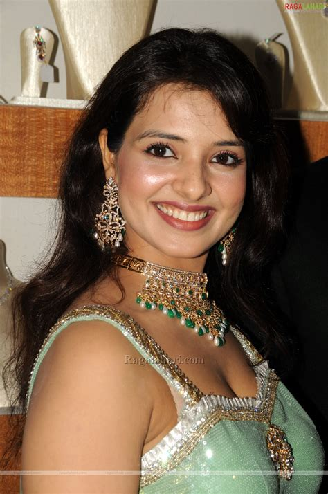 Actress Gallery: Saloni Aswani