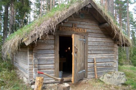 grass blanketed huts   swedens  primitive hotel