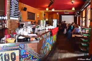 Restaurant Austria Berlin : cafe 100 wasser german austrian cuisine in berlin interior bar area ~ Orissabook.com Haus und Dekorationen