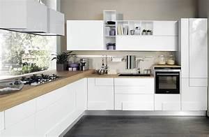 Cucina bianca 5 soluzioni per arredare proposti da lube for Dove si trovano le cucine di masterchef