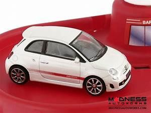 Fiat Garage : fiat 500 parking garage fiat 500 parts and accessories ~ Gottalentnigeria.com Avis de Voitures
