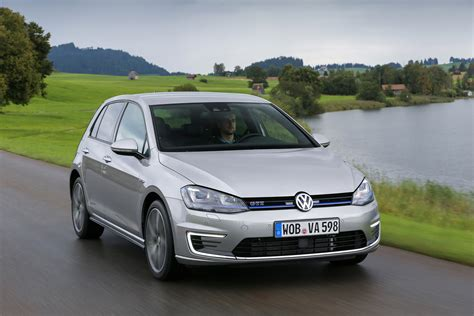 volkswagen golf gte vw golf gte price and release date revealed auto express