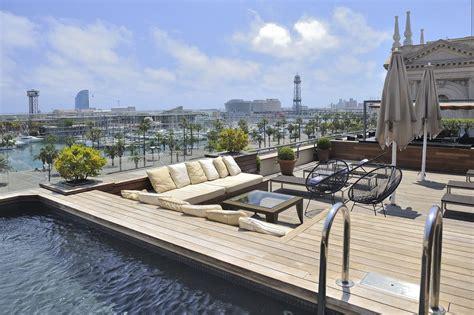 hotel piscine interieure barcelone les plus beaux h 244 tels de barcelone avec piscine en rooftop
