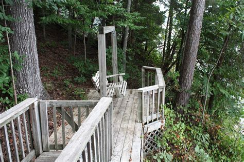 Smith lake is probably the largest and definitely the cleanest lake in alabama. Smith Lake Rentals & Sales - TREEHOUSE - Private treehouse ...