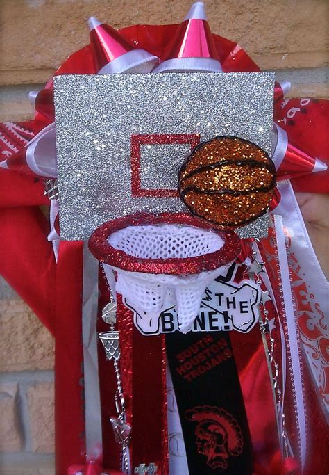 images  homecoming mums  garters ideas