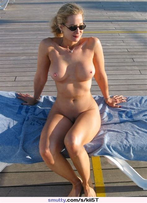 Milf Nude Outdoors Smutty Com