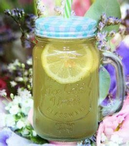 Misalnya saja jahe, lemon, dan madu. Manfaat Kulit Buah Lemon untuk Asam Urat - Sehat Medic
