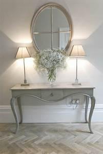 Miroir Mural Design Grande Taille : ides avec un miroir grand format miroir mural grande taille plancher en bois with miroir mural ~ Teatrodelosmanantiales.com Idées de Décoration