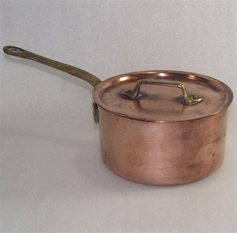 vintage french copper sauce pot  original lid   bonnieboswellantiques  ruby lane