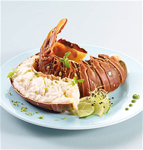 cuisiner des queues de langouste 1 queue de langouste caraïbes crue surgelé gamme offres