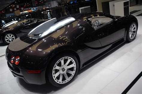 Standout features included new wheels inspired by the 1924 bugatti. HERMES EDITION BUGATTI VEYRON. | BCND