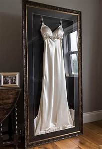 frame your wedding dress and accessories with the With frame wedding dress