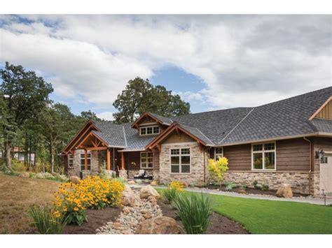ranch style house plan  beds  baths  sqft plan   craftsman floor plans