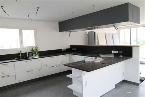 ilot de cuisine avec table hotte de plafond problème d 39 aspiration