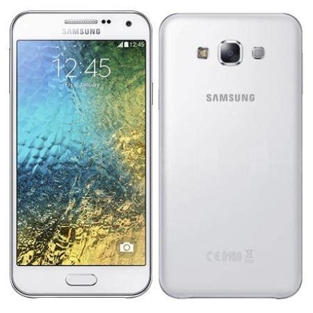 samsung galaxy e5 e500m white dual sim features a 1 2ghz qualcomm snapdragon 410 processor 5
