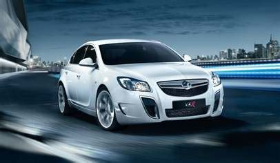 vauxhall insignia vxr   turbo auto dr car review