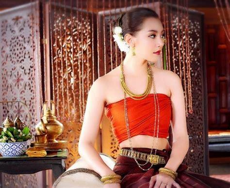 งามตะลึง! เบลล่า ราณี ใส่ชุดไทย ในละคร บุพเพสันนิวาส
